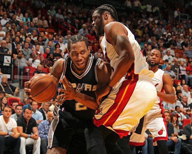 Spurs stay hot, pull away from Heat for 95-81 win