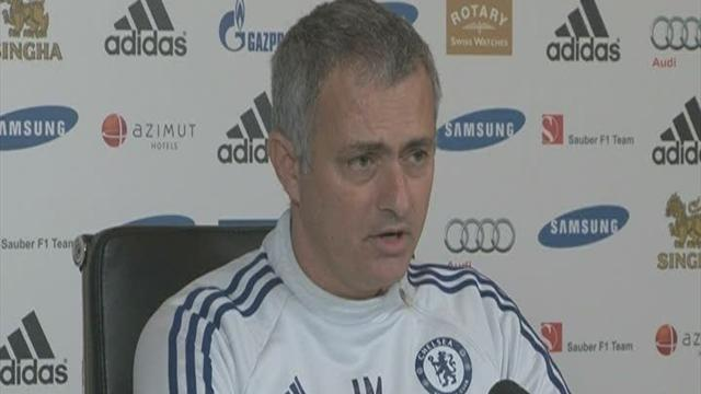 Football - Jose accepts Ramires card