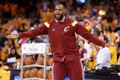 NBA playoffs 2015: Cavaliers back home, seeking 3-0 lead over Hawks