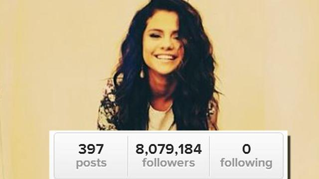 Selena Gomez Unfollows Justin, Taylor, and EVERYONE!