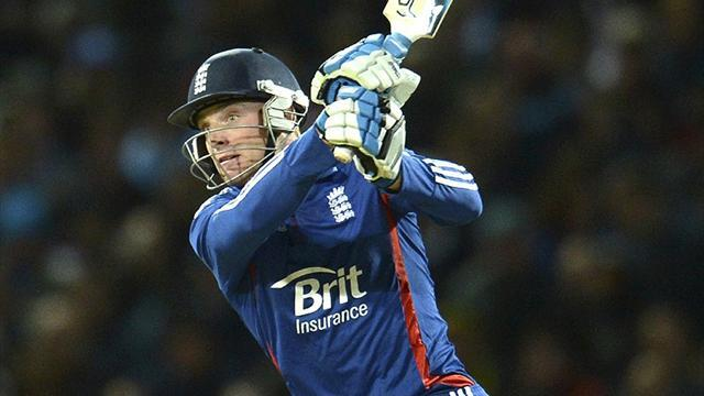 Buttler wins England contract