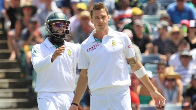 Cricket - Steyn, Amla put South Africa in charge