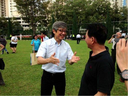 WP's Chen chats to a supporter (File Photo)
