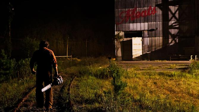 "This undated publicity film image from Lionsgate shows Dan Yeager  starring as Leatherface in a scene from ""Texas Chainsaw 3-D,"" releasing in theaters on Friday, January 4, 2013.  (AP Photo/Lionsgate, Justin Lubin)"