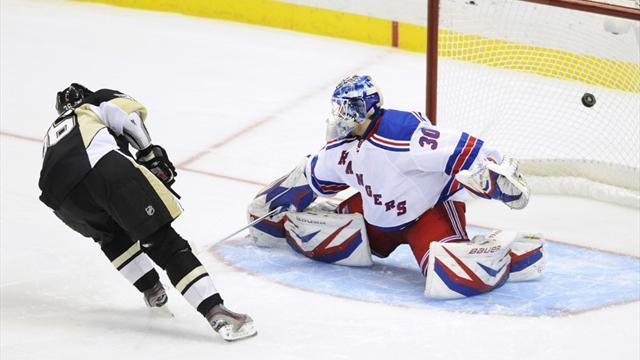 Ice Hockey - Penguins down Rangers in shootout
