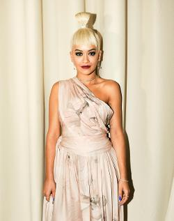 #LFW Genius Hair: Rita Ora Takes It To The Top