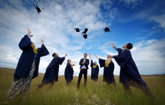 4 Entrepreneurial Lessons Every Graduate Should Know