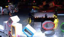 極限摩托車新賽季 首站驚人彈跳特技