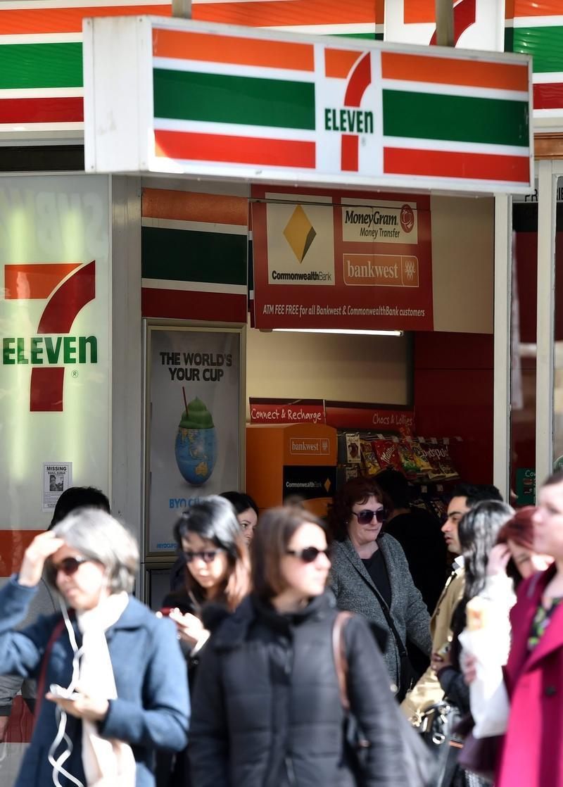 賠錢又危險!澳洲小7加盟店深夜想打烊 總公司說不行