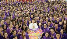 紫衣神教與大眾笑料