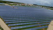 【太陽能新天王】三家公司去年大虧90億 合併後他憑什麼拚轉盈?