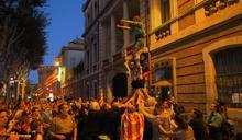 挺加泰隆尼亞獨立 法城市願收流亡政府
