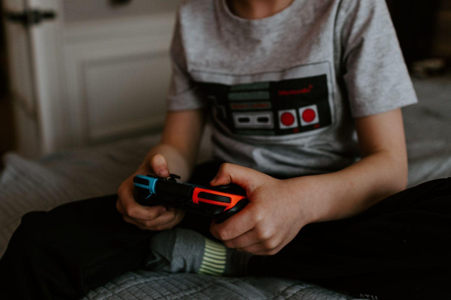 World Health Organization teams up with games industry for #PlayApartTogether campaign