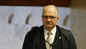 巴西利亚 -  STF部长Edson Fachin在暂停前PGR Rodrigo Janot对Temer和PMDB成员(JoséCruz /AgênciaBrasil)投诉的审判期间,