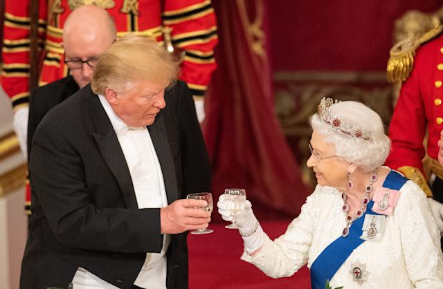 Donald Trump und die Queen beim royalen Staatsbankett (Bild: Getty Images)