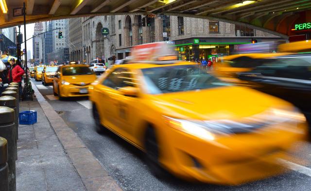 La joven acabó llamando a un taxi para ir a la clínica de aborto.
