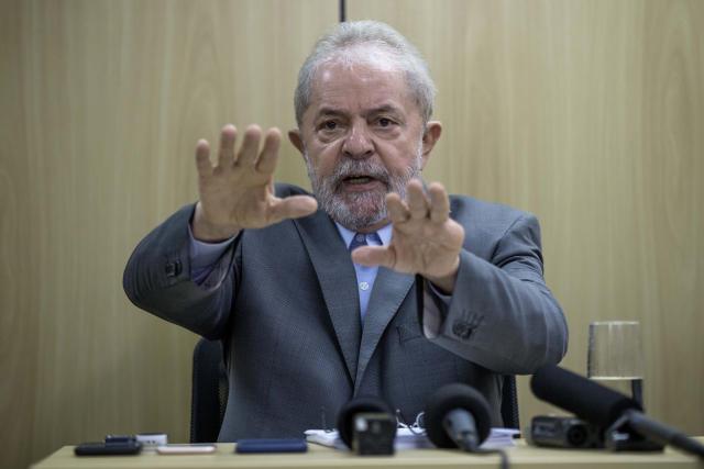**ARQUIVO** CURITIBA, PR, 26.04.2019: O ex-presidente Lula (PT) concede entrevista exclusiva à Folha e ao jornal El País, em Curitiba. (Foto: Marlene Bergamo/Folhapress)