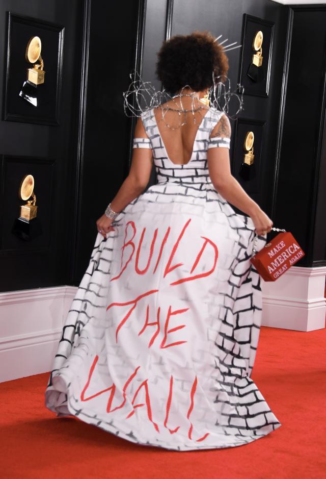 Funny Grammy Outfit C06b12f93a45f2f49600df524a1b355f