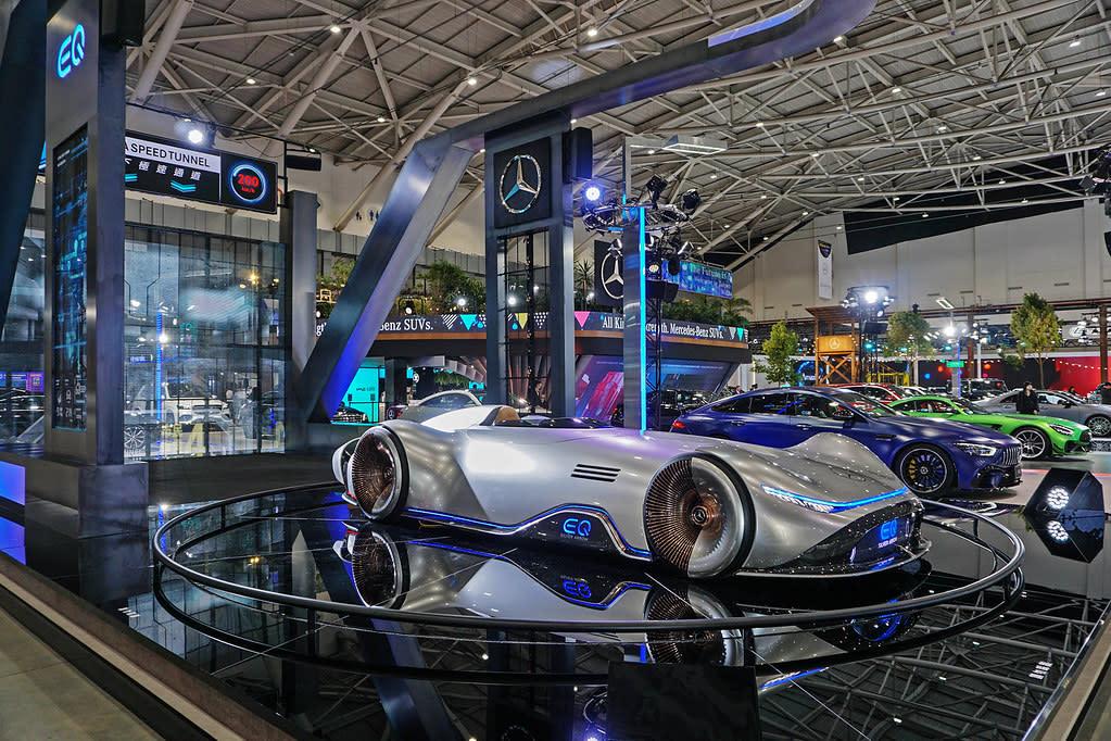 沒有車模一樣人氣爆棚!Mercedes-Benz斥資打造未來台北再成車展焦點、展區亮點一次看