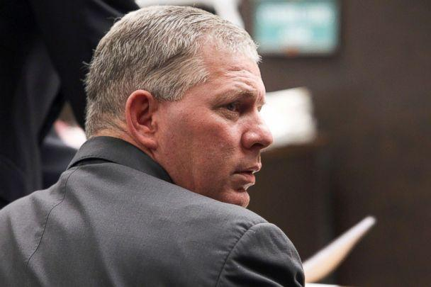 PHOTO: Former New York Mets outfielder Lenny Dykstra is seen during his sentencing for grand theft auto in Los Angeles in this March 5, 2012 file photo. (Nick Ut/AP, FILE)