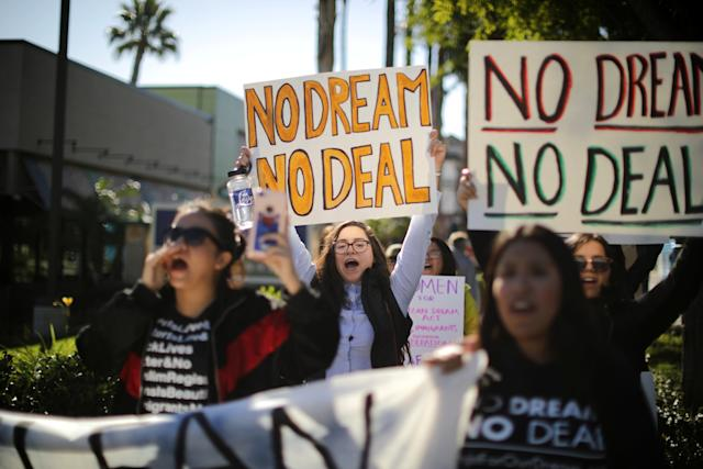 DACA recipients and their supporters call for renewal of the program outside Disneyland in Anaheim, California, on Jan. 22, 2018. (Lucy Nicholson / Reuters)