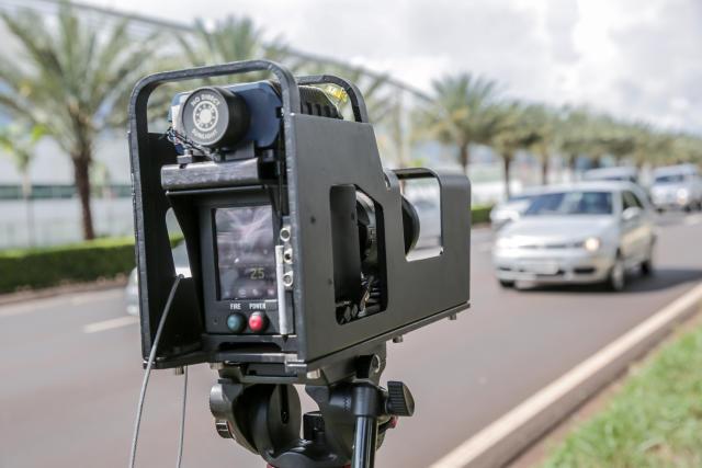 Governo vai instalar mais mil radares em rodovias federais (Foto: Getty Images)