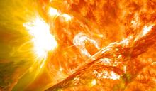 太陽噴發超強閃焰 今天下午將干擾衛星通訊