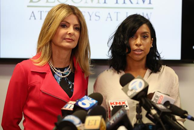 Montia Sabbag (right) and then-lawyer Lisa Bloom (left) speak to reporters in 2017 after Sabbag was accused of attempting to extort Kevin Hart.
