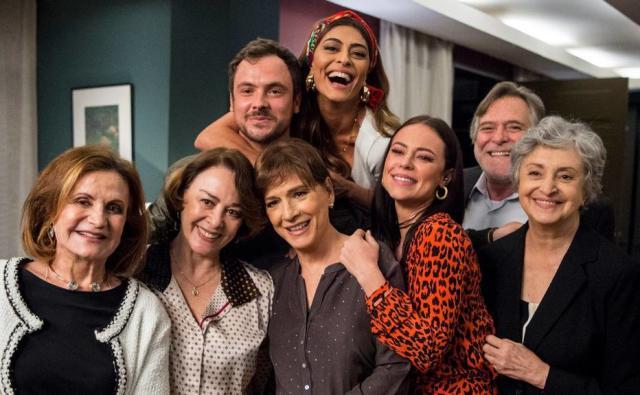 'Dona doPedaço':9点钟肥皂剧中没有意义的事情