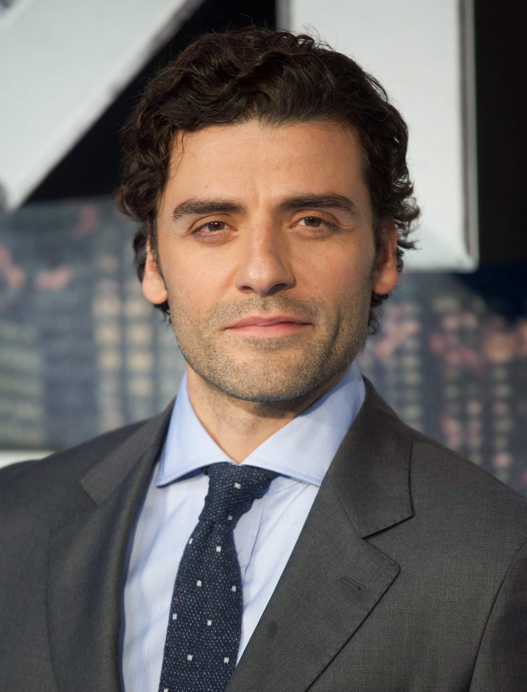 A Celebration of Oscar Isaac's Ever-Changing (Always Sexy) Facial Hair