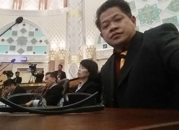 Image result for Wong King Wei, a lawyer in Pujut assemblyman Dr Ting Tiong Choon legal team, has confirmed receiving the Notice of Appeal from State Legislative Assembly Speaker Datuk Amar Mohd Asfia Awang Nassar yesterday.
