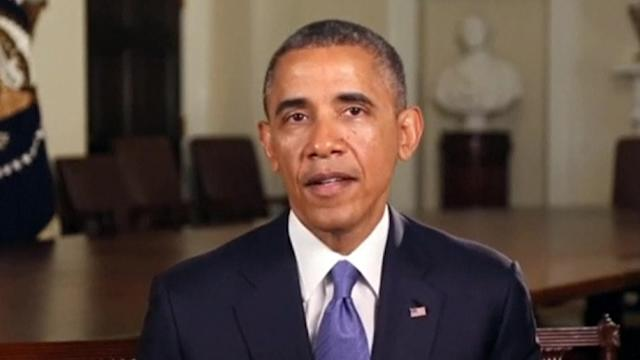 Ahead of Father's Day, Obama says Congress must help working families