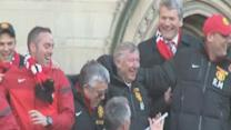 Thousands say farewell to Sir Alex