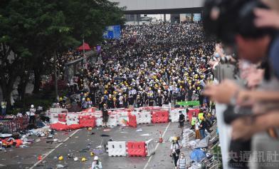 香港遊行照辦:直到撤回草案