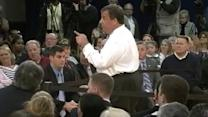 Chris Christie to Heckler: 'Keep Quiet or Get Out'