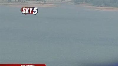 Officials Test Lake Water For Algae Toxicity