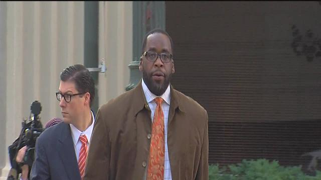 Kwame Kilpatrick appeals decision to deny bond