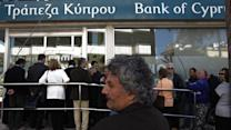 Long lines as Cyprus banks open for first time in 2 weeks