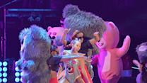 "Miley Cyrus VMAs Performance Backup Dancer Left ""Degraded"""
