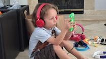 Report Reveals Kids' Headphones May Cause Hearing Problems
