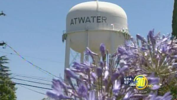 Atwater police union votes to take pay cut