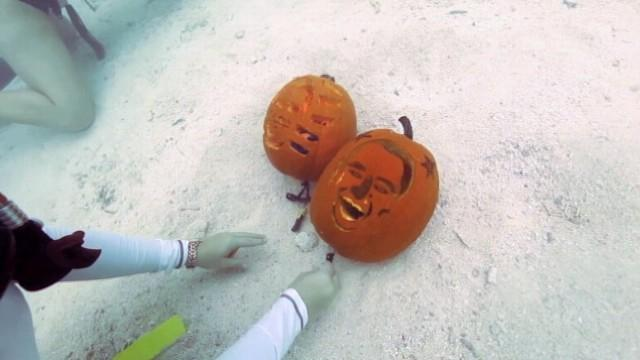 Divers Carve Obama, Romney Pumpkins Under the Sea