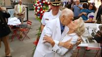 Couple re-enacts historic Times Square kiss to celebrate VJ Day