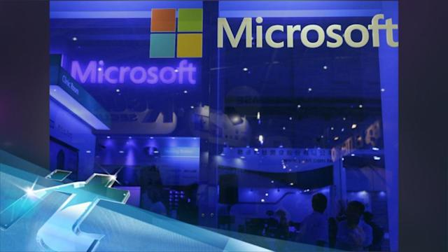 Microsoft aims to lure app developers with new rewards program