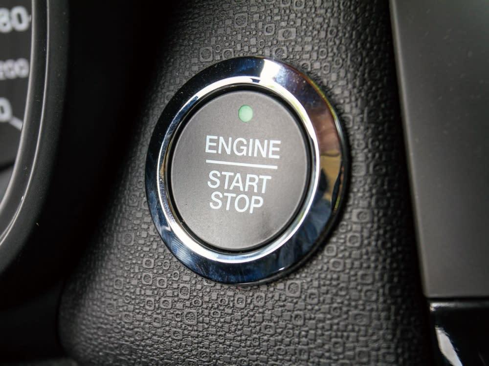 EcoBoost車型專屬搭載Keyless車門啟閉系統和引擎啟動鍵。