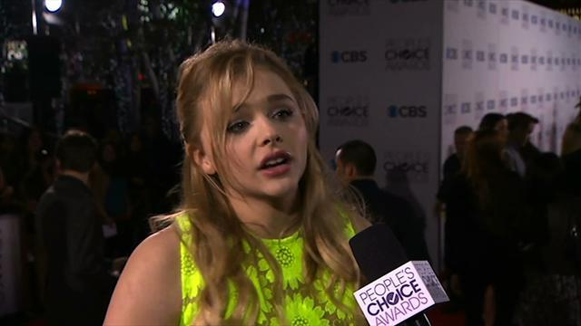 39th Annual People's Choice Awards - Red Carpet Interview: Chloe Grace Moretz