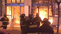 Massive fire rips through Chile shopping center