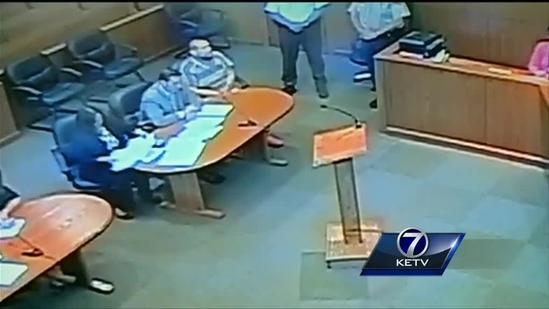 Raw video: Garcia waives extradition in Illinois court