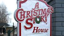 "Fans Mark Anniversary of ""A Christmas Story"""