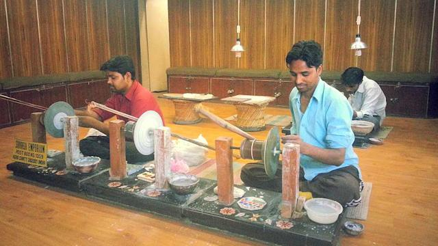 Jammin Day 21 - Marble crafts in the city of the Taj Mahal